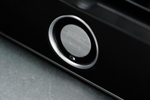 Aukey ポータブル Bluetooth スピーカー BT023