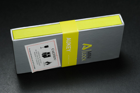 Aukey Mini Lock 小型 3000mAhモバイルバッテリーG013