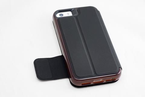 GEAR4 iPhone ケース